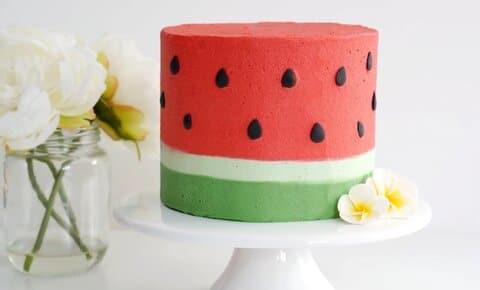تهیه کیک هندوانه شب یلدا بارجیل